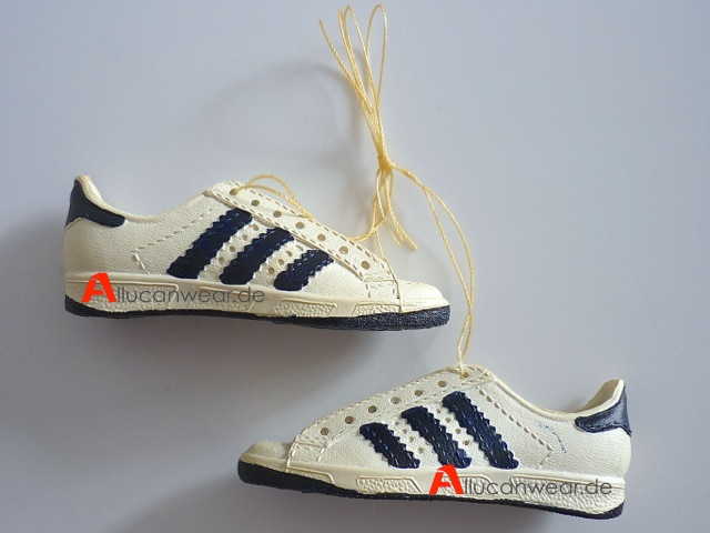 Allucanwear vintage shoes & clothing